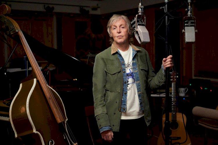 Paul McCartney anuncia a autobiografia 'The Lyrics: de 1956 até o presente'