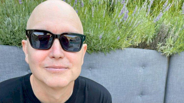 Mark Hoppus, do Blink-182, está grato após completar a quinta rodada de quimioterapia